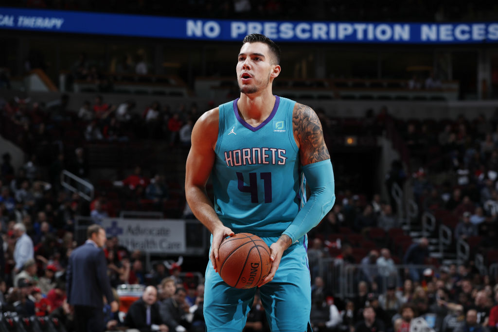 Charlotte Hornets S Willy Hernangomez Urges Nba To Host A